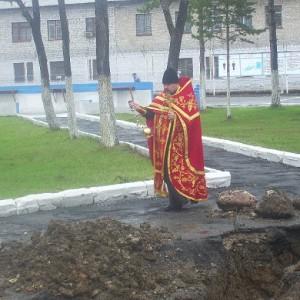 Батюшка священник отец Владимир Капитанюк освящение часовнии в честь великомученика Георгия Победоносца исправительная колония ИК 33 Спасск Дальний
